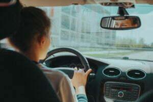 <b>Lån penger til førerkort mens du går på skolen</b>